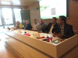 Mesa Señas Identidad de izq. A derecha: C.Torres moderadora, R.Ferraro, J.Bta. Tormos, J.Máñez, Vte. Nogueroles y J.Mozas.