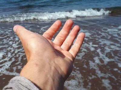 Amb la ma sota el mar Egeu