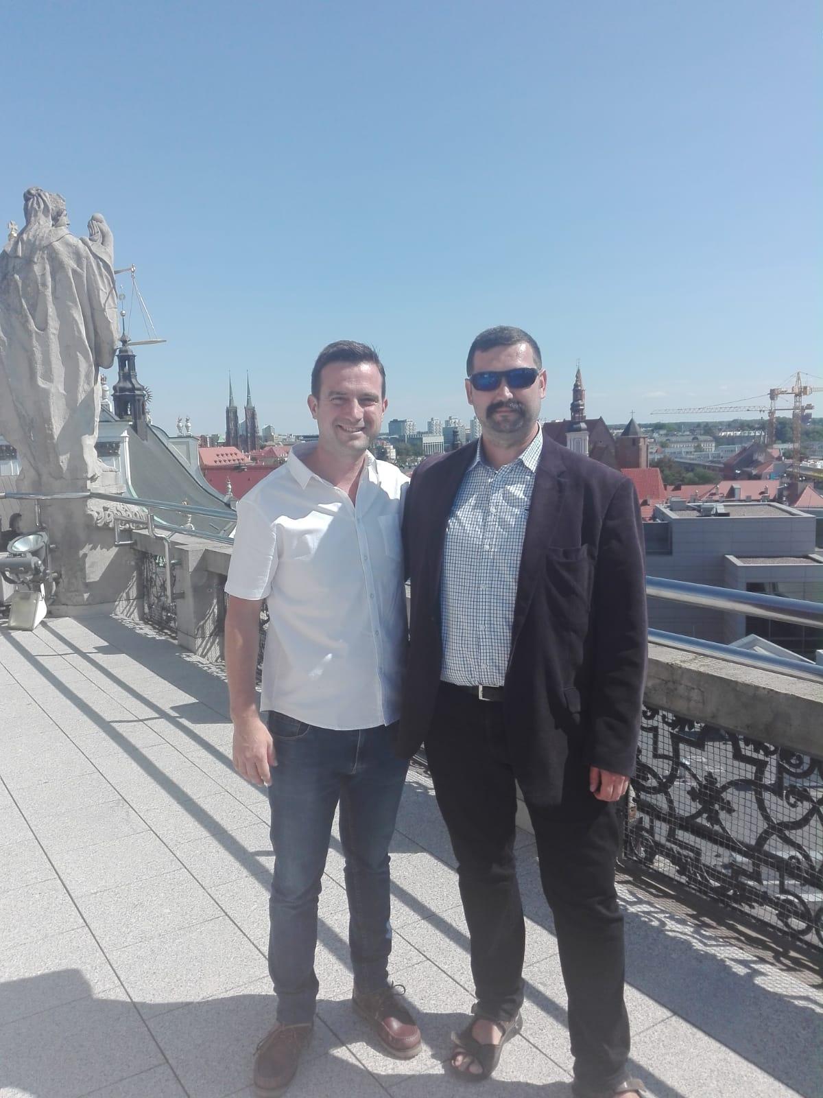 Con Pawel en el terrado