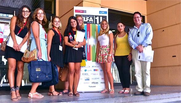 Estudiantes del Grado en Logopedia por la UCV en el congreso de la AELFA, Murcia 2014.