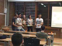 Máster en Innovación Tecnológica en Educación - Juan Fernández explicando la dinámica de Escape Room
