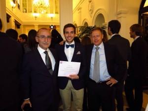 Jorge Rubio con sus profesores de la UCV en aede 2014