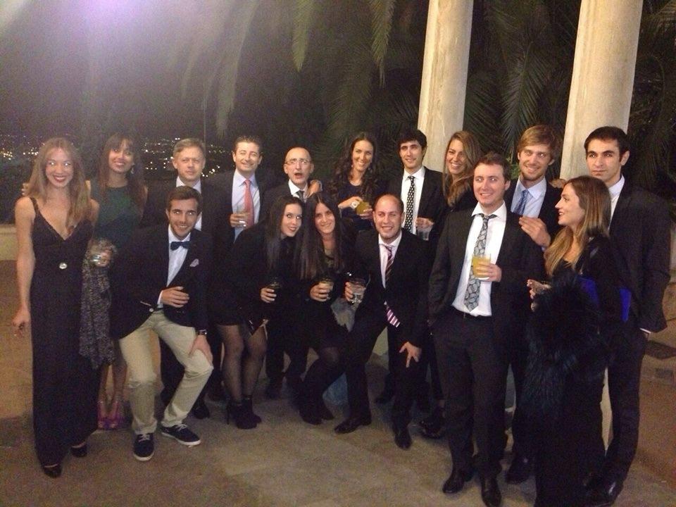 Fotografia de los alumnos y profesores de la UCV en aede 2014