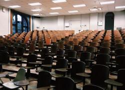 classroom-2093745_640
