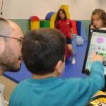 ¿Cómo se ayuda a un niño con TEA? Tres puntos a tener en cuenta