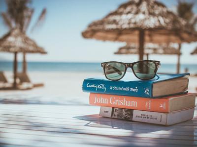 Playa y libros