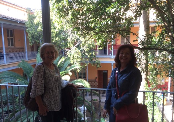 Las profesoras Irani Iracema de Lima Argimon y Margareth Da Silva Oliveira, y la colaboración Interinstitucional.